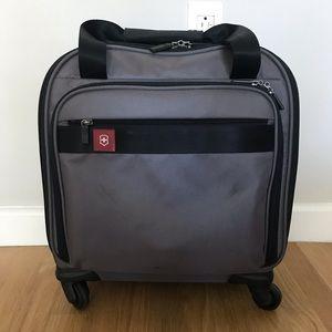 Victorinox wheeled, carry-on luggage/traveler